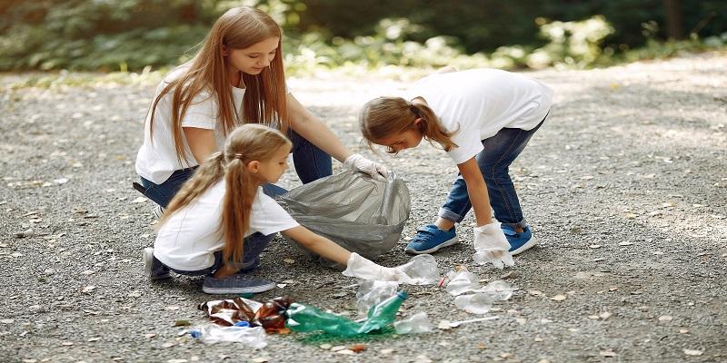 Volunteer Litter Picking