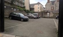 Pin lane parking